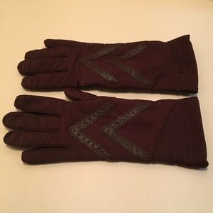 Isotoner Winter Gloves - Lined